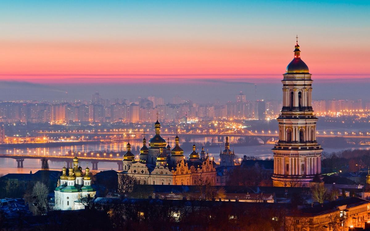 Основные причины посетить Украину<